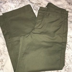 Crop khaki pants